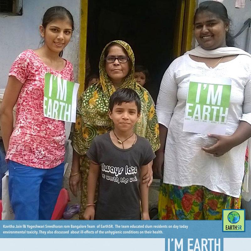 Community-Service-Slums-Bangalore-Earth5R-Kavitha-Jain-Yogeshwari-Sreedharan