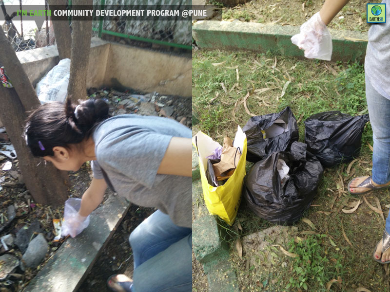 Community development Clean up drive at Pune by Earth5R