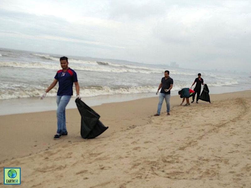 Juhu Beach Cleanup Mumbai Hexaware CSR Earth5R 3