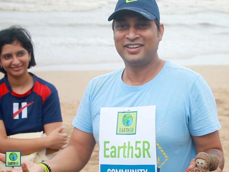 Environmental awareness Juhu Beach Cleanup Mumbai Hexaware CSR Earth5R 9
