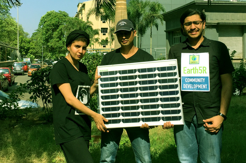 One Solar- Solar Street Light by Earth5R Mumbai