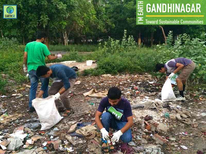 Clean Up Gandhinagar Mumbai India Environmental NGO Earth5R
