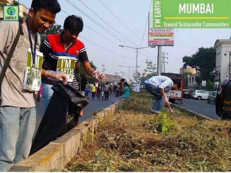 Cleanup Waste Recycling Earth5R Mumbai India Environmental NGO