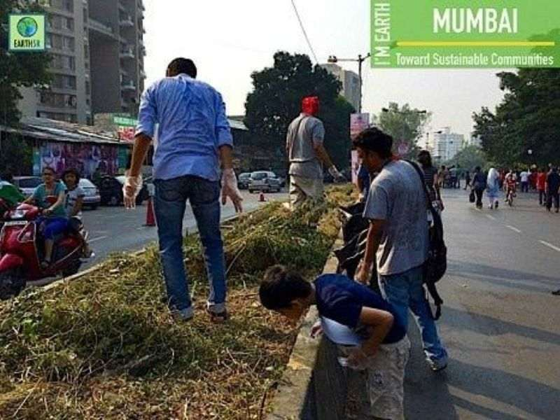 Cleanup Waste Upcycling Earth5R Mumbai India Environmental NGO