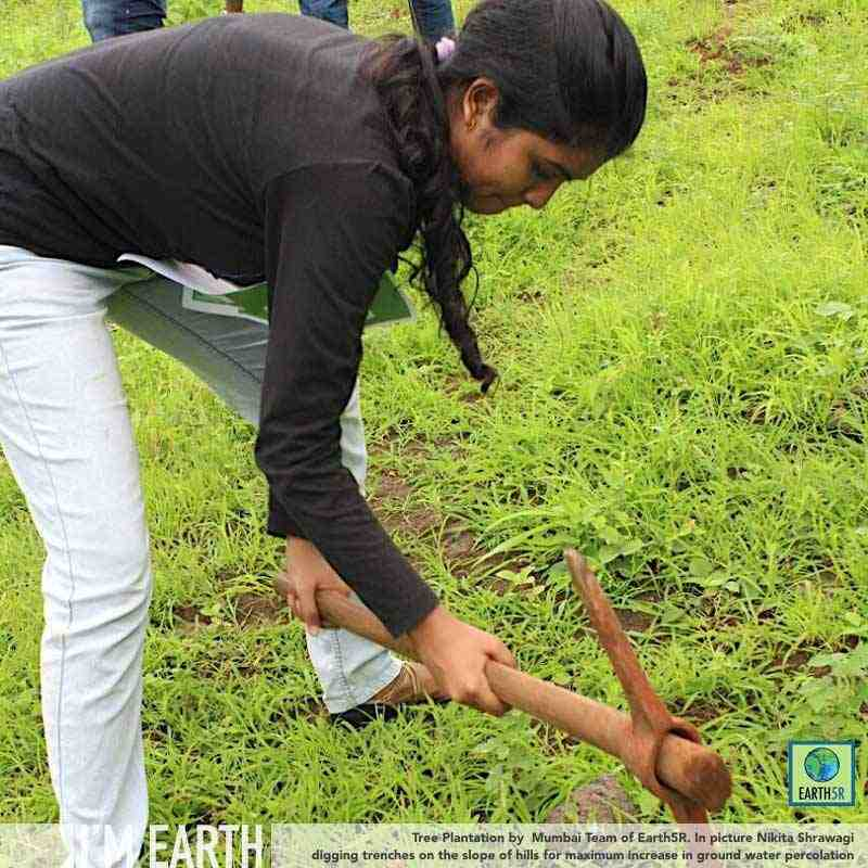 Community Plantation Mumbai India Environmental NGO CSR Earth5R