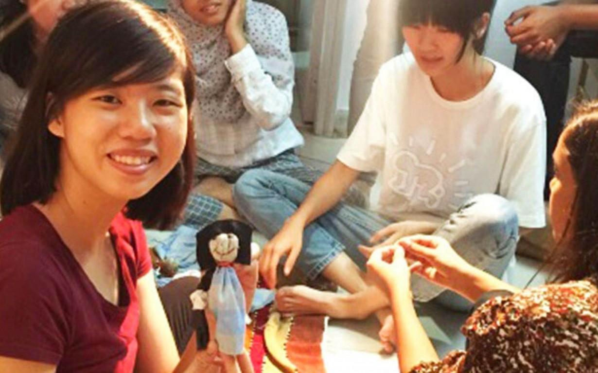 Doll Making Recycling Workshop Volunteer Mumbai India Environmental NGO Earth5R
