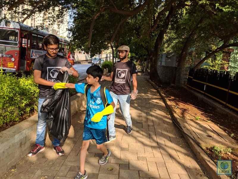 Ketul Patel Jahaan Gupta Ishit Patel Volunteer Mumbai India Environmental NGO Earth5R