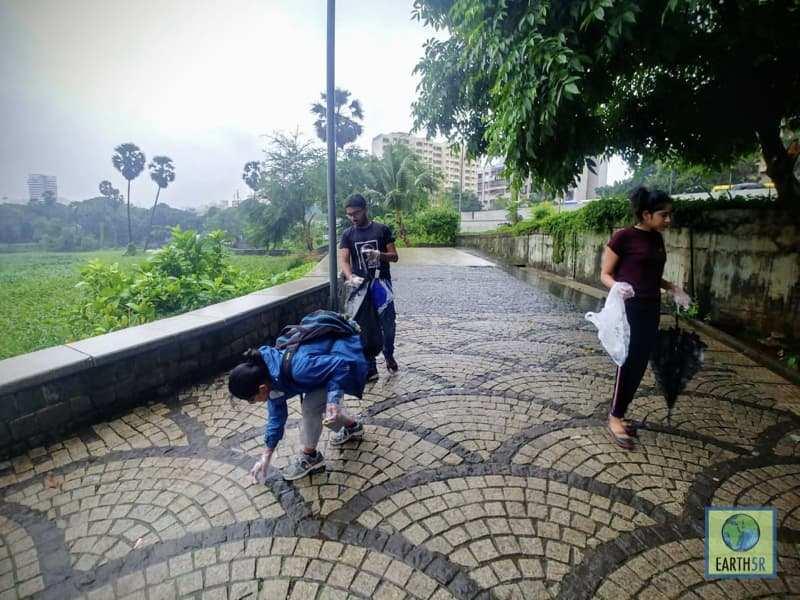 Lake Cleanup Mumbai India Environmental NGO Earth5R Volunteers