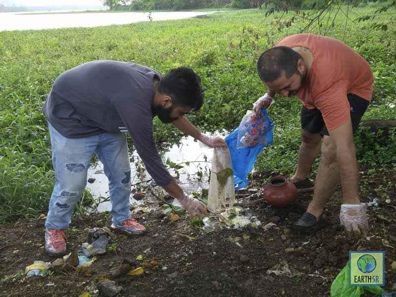 Lake Cleanup Religious Waste Upcycling Mumbai India Environmental NGO Earth5R