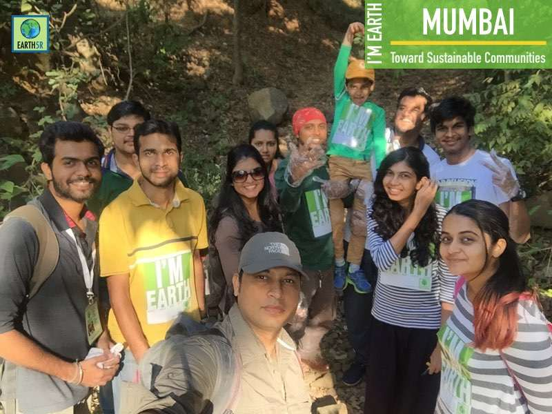 Lake Cleanup Volunteers Community Development Mumbai India Environmental NGO Earth5R