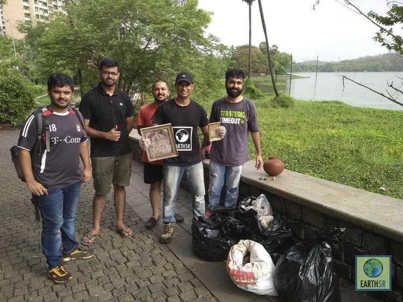 Lake Cleanup Volunteers Religious Waste Mumbai India Environmental NGO Earth5R