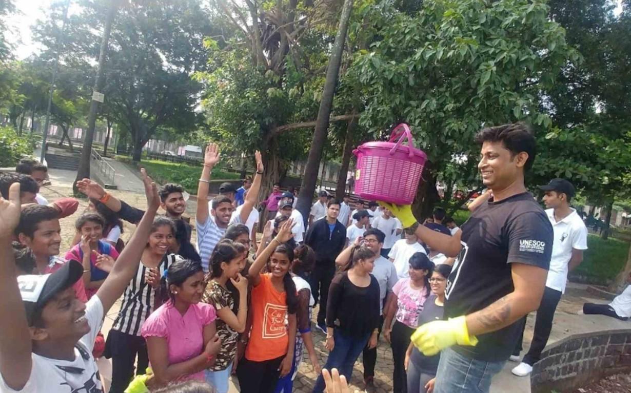 Lake Cleanup organic waste composting mumbai india environmental NGO Earth5R