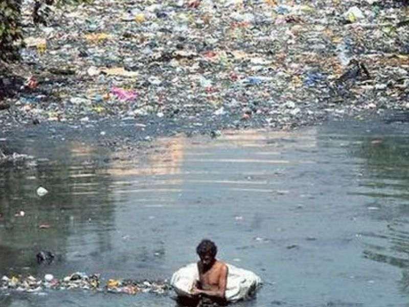 Mithi River Plastic Pollution Mumbai India Environmental NGO Earth5R