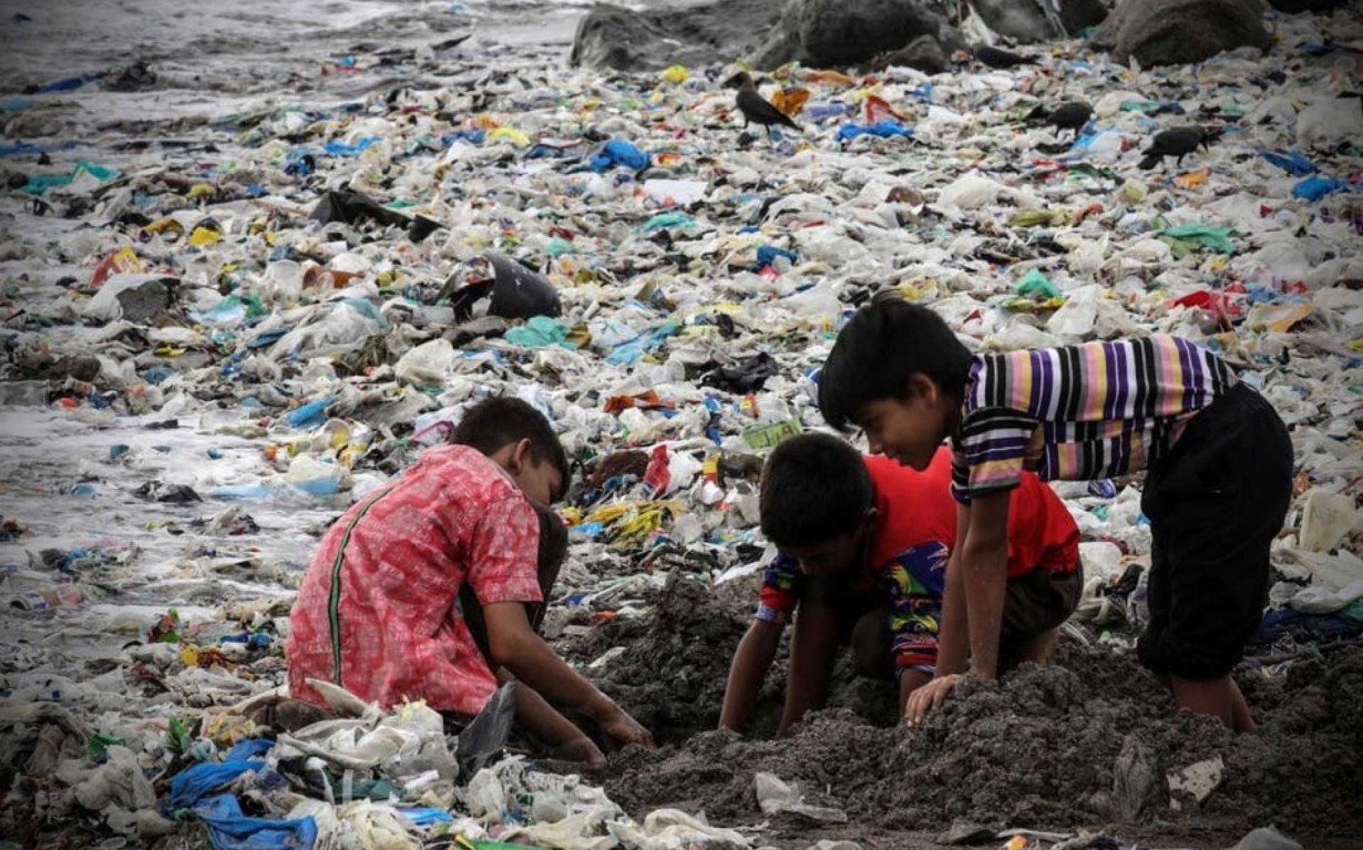 Mumbai-Mithi-River-Circular-Economy-cleanup-environmental-ngo-earth5r