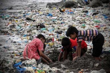 Mumbai-Mithi-River-Circular-Economy-cleanup-environmental-ngo-earth5r