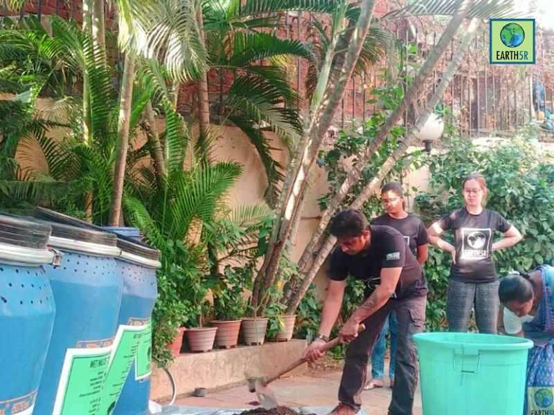 Periyar River Kochi Pollution Volunteers Mumbai India Environmental NGO Earth5R