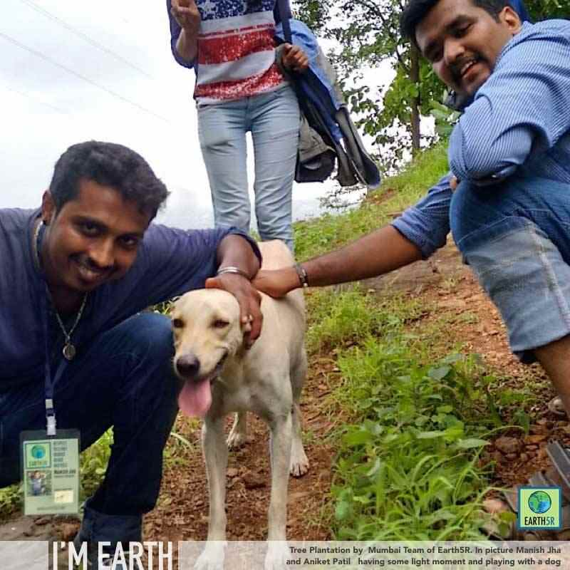 Plantation Drive Mumbai India Environmental NGO CSR Earth5R