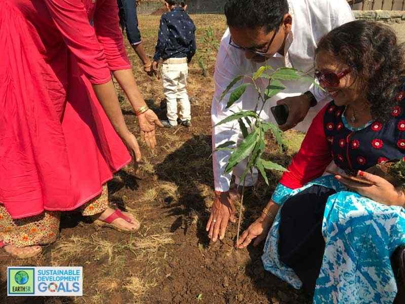 Plantation Mumbai Environmental NGO Earth5R Sustainability CSR