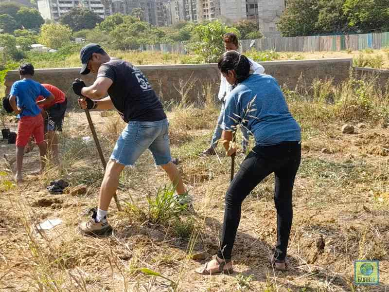 Plantation Volunteer Mumbai Environmental Organisation Earth5R