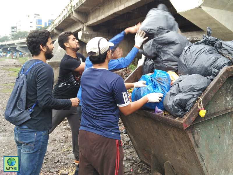Pune River Cleanup Hexaware CSR Mumbai India Environmental NGO Earth5R