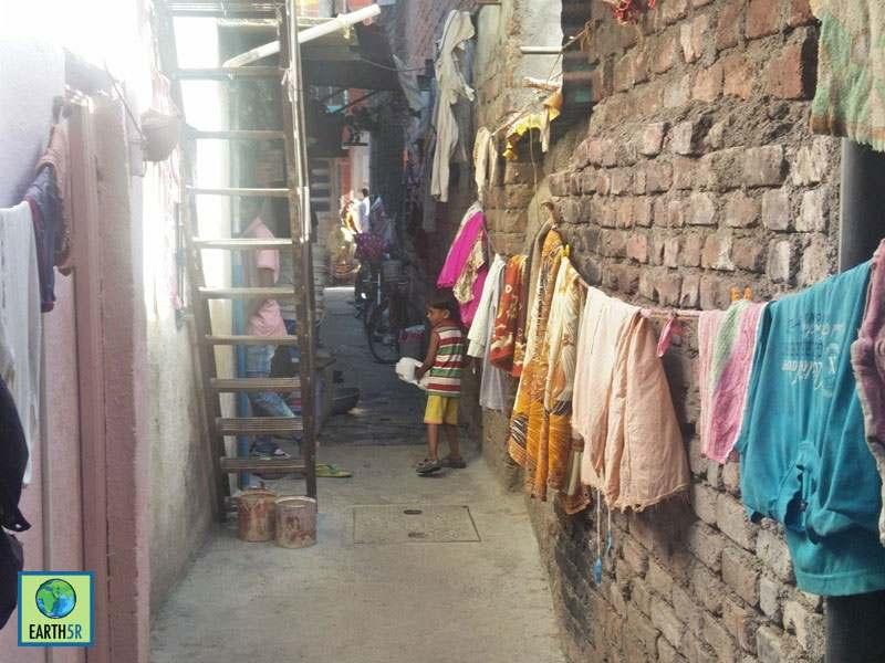 Pune Slum Environmental Education Sonam Sengar Volunteer Mumbai India Environmental NGO Earth5R