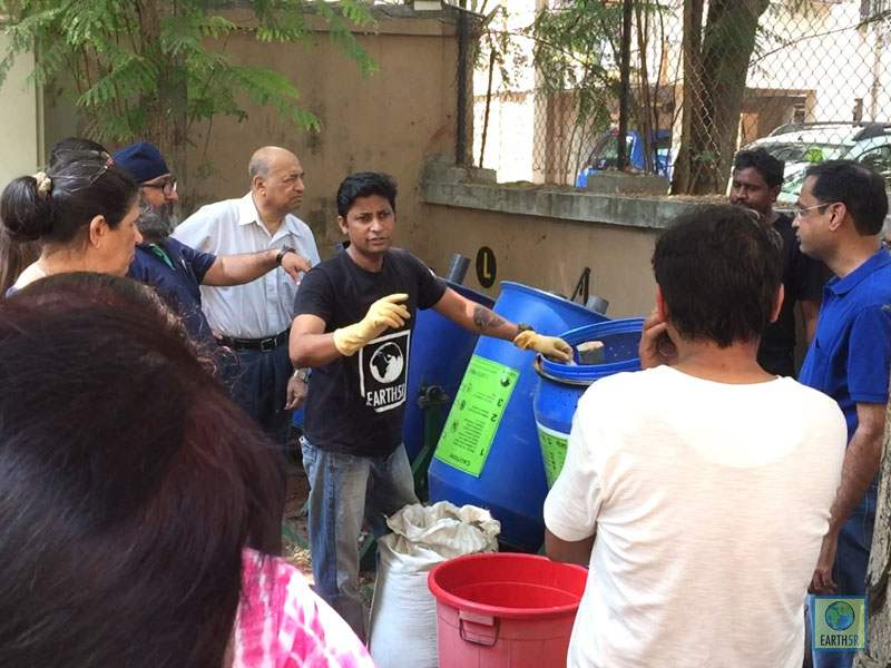 Saurabh Gupta segregation waste Mumbai India Environmental NGO Earth5R