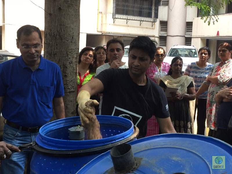 Saurabh Gupta training composting method Mumbai India Environmental NGO Earth5R