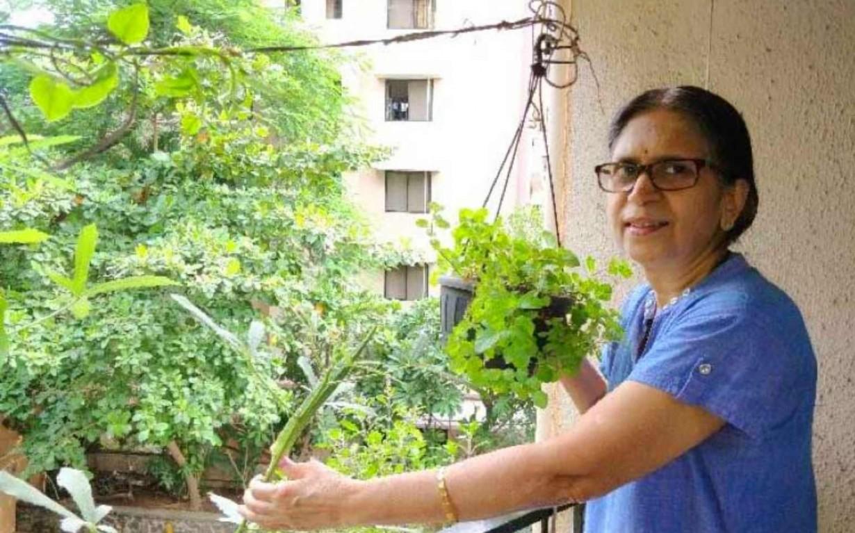 Sudha Bhujle Environmentalist Earth5R Recycling Mumbai India Environmental NGO