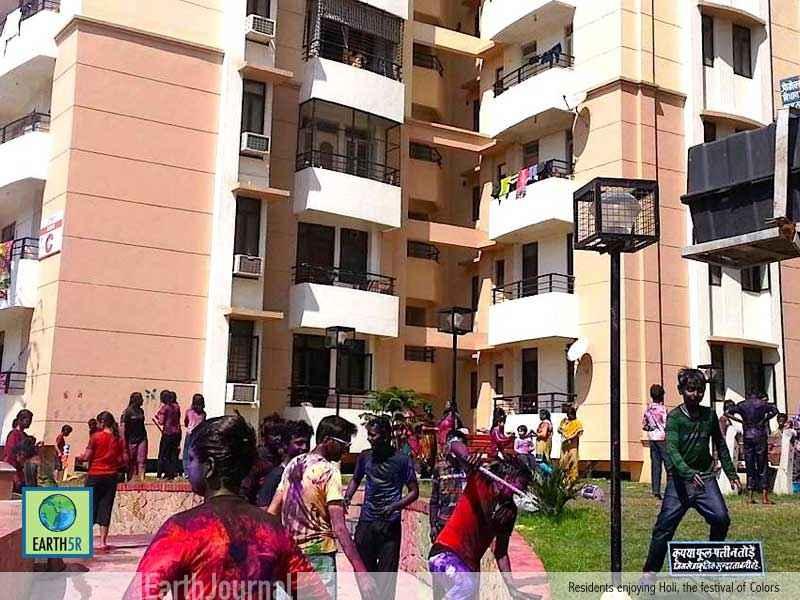 Sustainable Development Varanasi Holi Earth5R Mumbai India Environmental NGO
