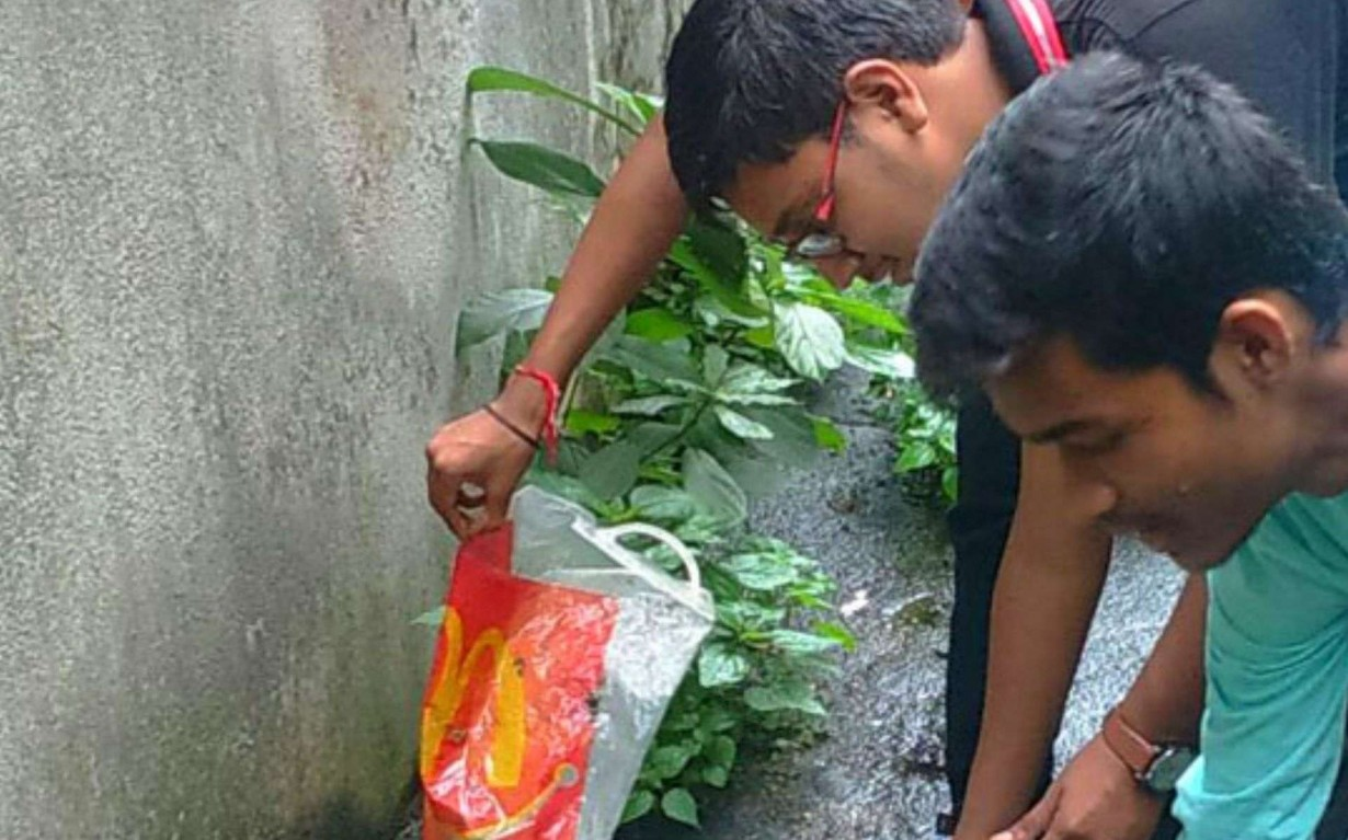 Thane Cleanup Drive Volunteers Mumbai India Environmental NGO Earth5R