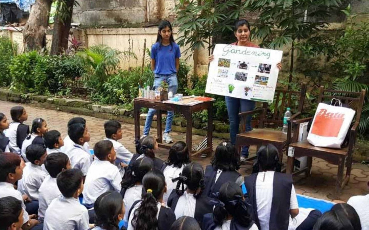 Upcycling Gardening Awareness Volunteers Mumbai India Environmental NGO Earth5R