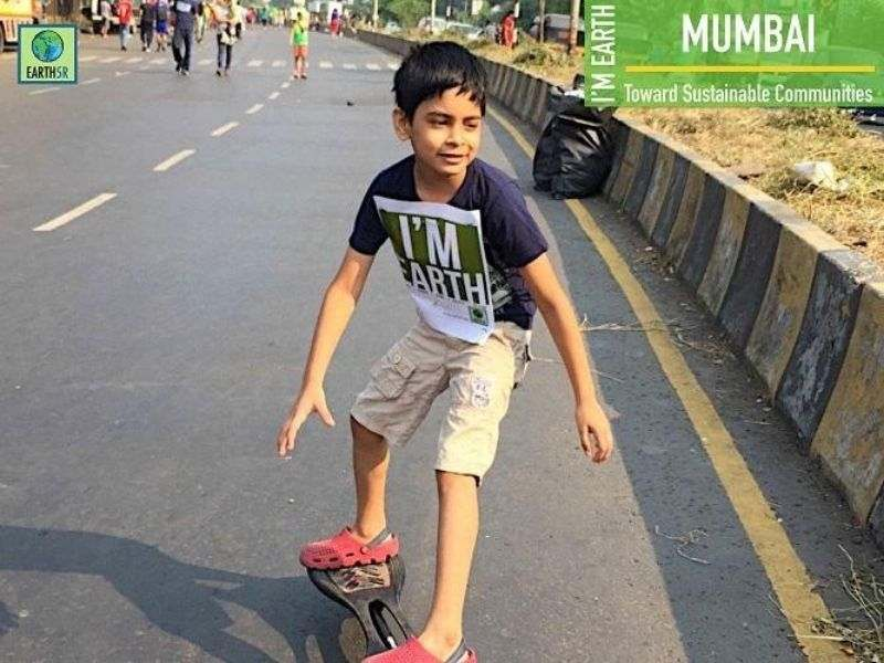 Volunteer Cleanup Community Awareness Earth5R Mumbai India Environmental NGO