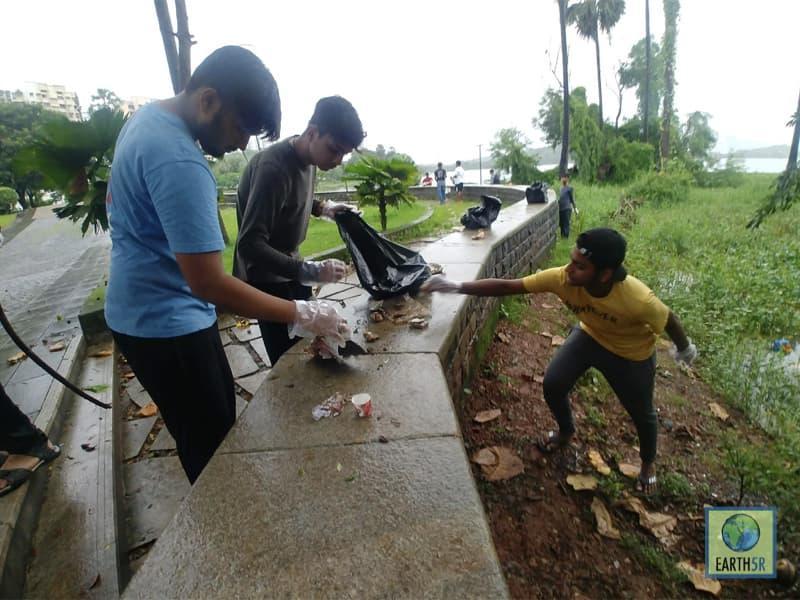 Volunteers Lake Cleanup Drive Earth5R Mumbai India Environmental NGO