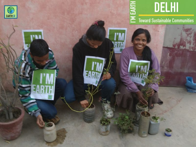 Women Empowerement Plantation Delhi Mumbai India Environmental NGO Earth5R