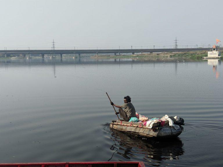 Yamuna River Waste Cleanup Mumbai India Environmental NGO EArth5R
