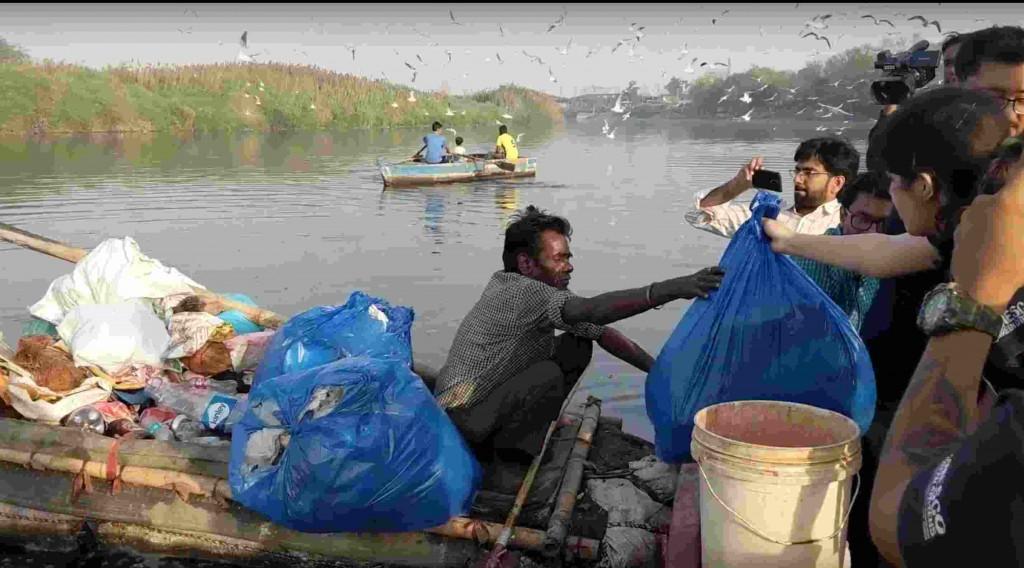 Yamuna River Waste Segregation Mumbai India Environmental NGO EArth5R