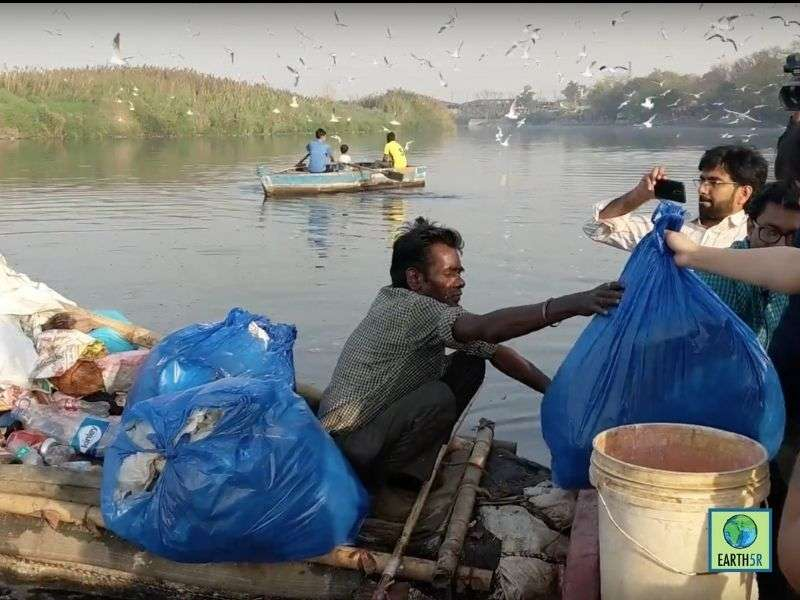 yamuna river pollution cleanup Mumbai India Environmental NGO Earth5R