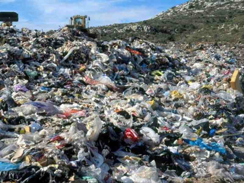 Barcelona Circular Economy Waste Generation Mumbai India Environmental NGO Earth5R