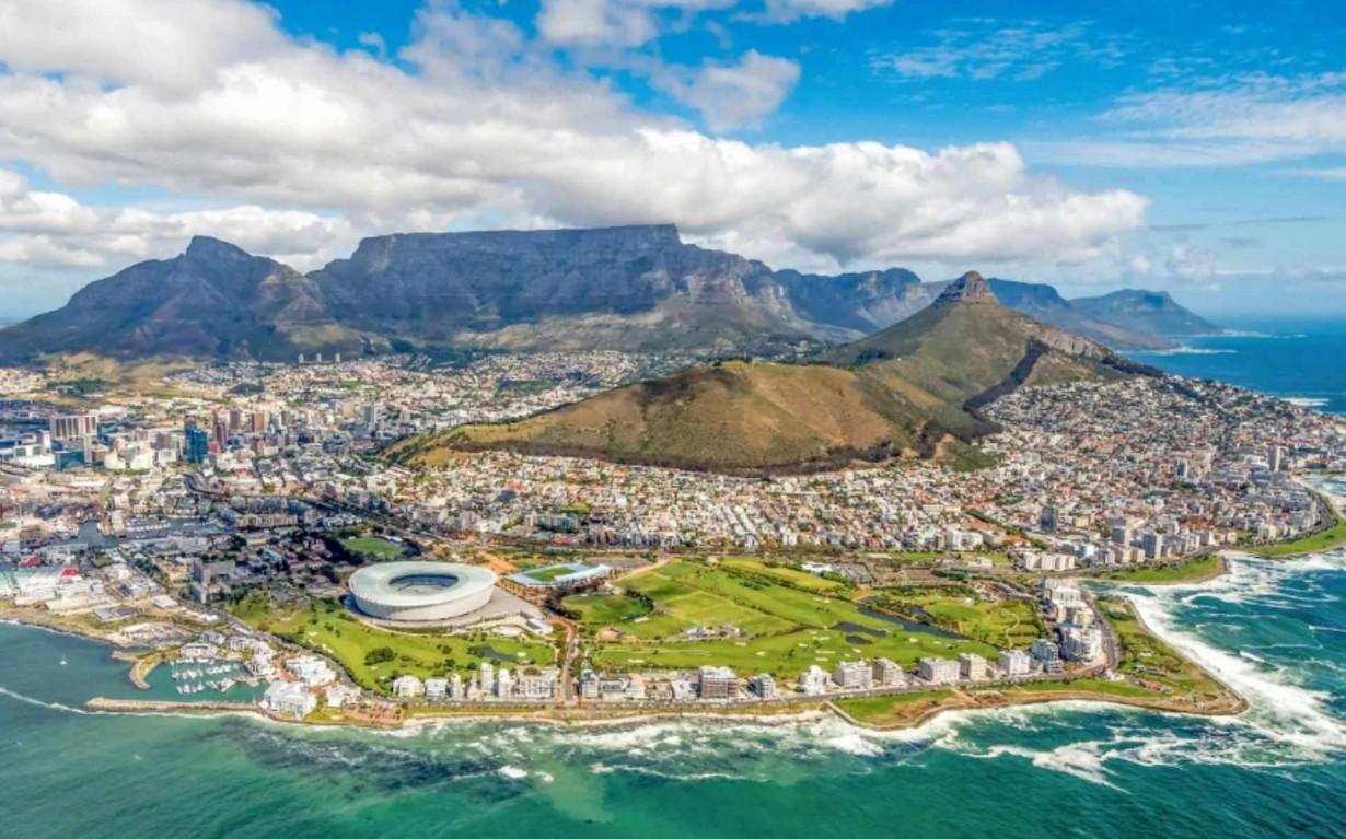 Cape Town Circular Economy Mumbai India Environmental NGO Earth5R