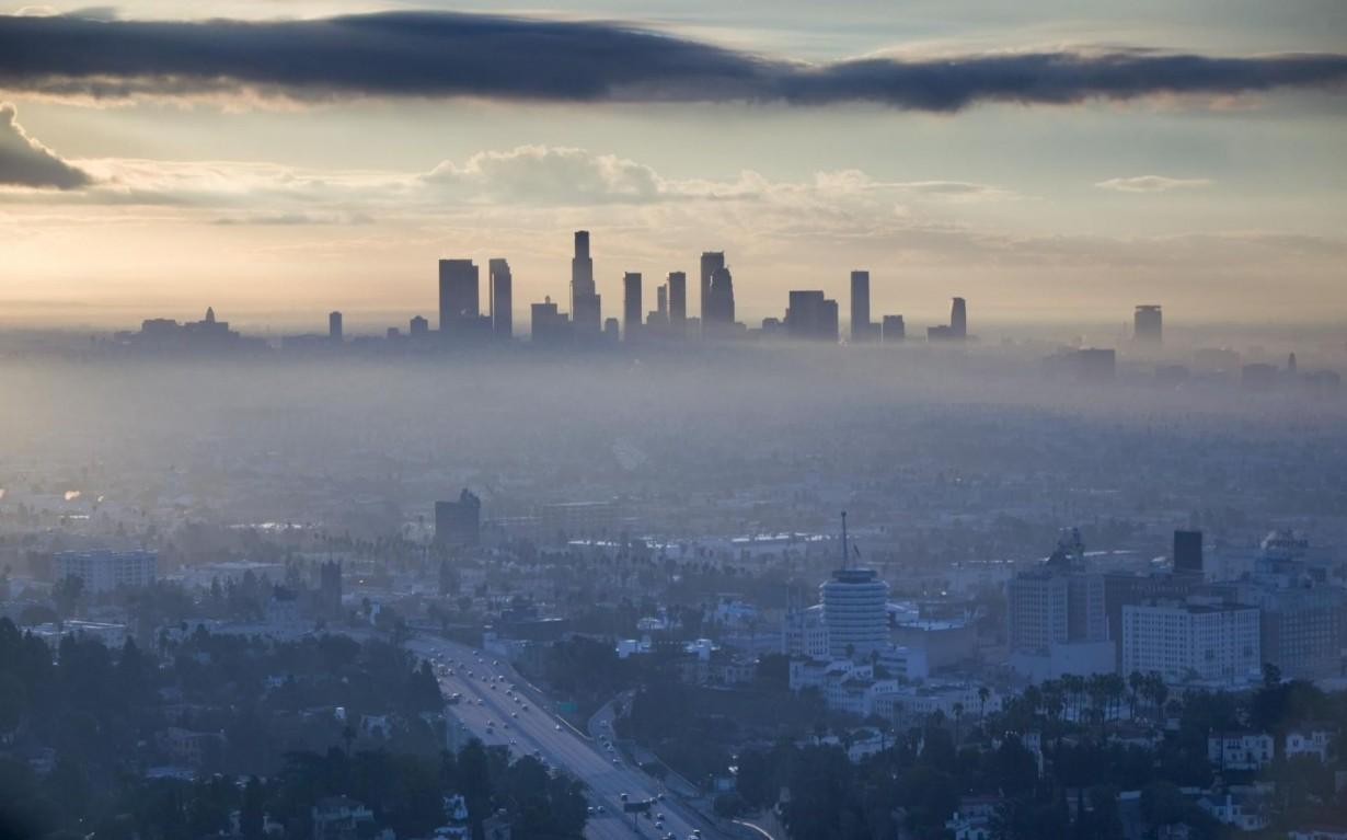 Mumbai India Environmental NGO Earth5R LOS ANGELES, CALIFORNIA THE POLLUTED CENTER OF CREATIVITY