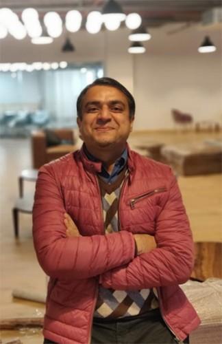 Ravi Kikan Earth5R