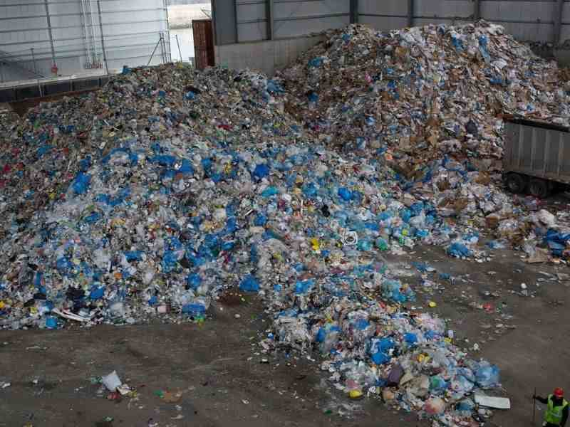 USA Environmental Education waste production Mumbai India Environmental NGO Earth5R