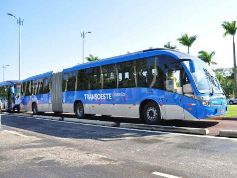 Mumbai-India-Environmental-NGO-Earth5r-Circular-Economy-bus-rapid-transit-system