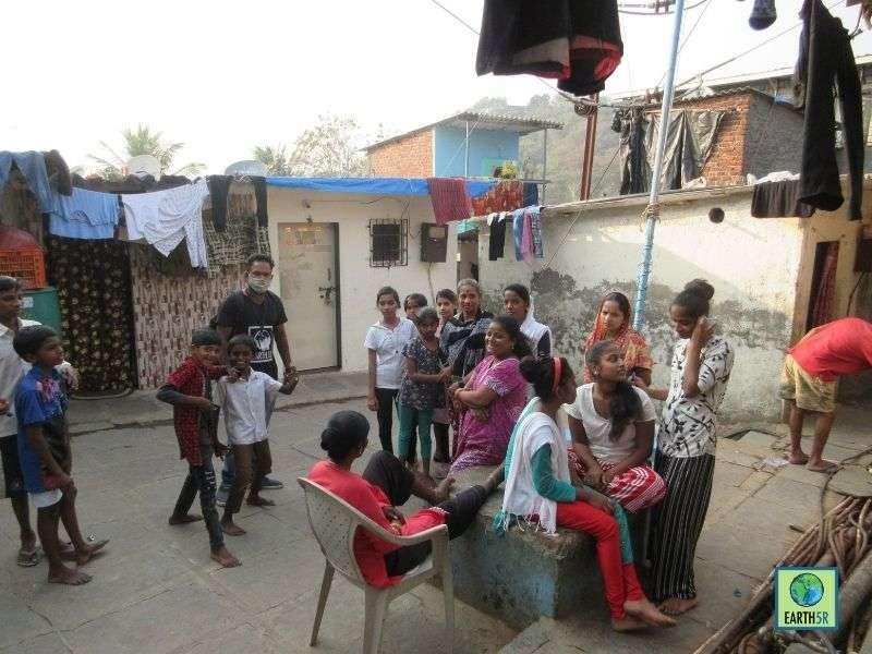 Mumbai-India-Environmental-NGO-Earth5R-Circular-Economy-segregation-community-program-volunteer
