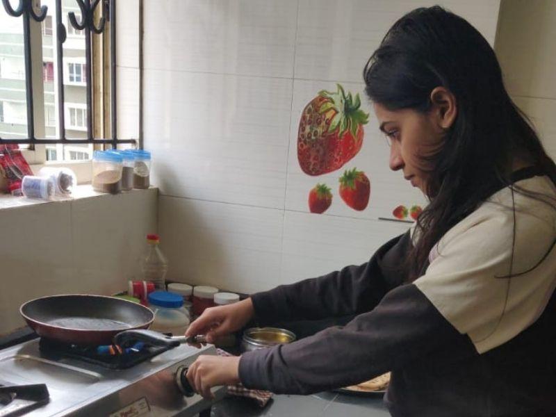 Mumbai-India-Environmental-NGO-Earth5r-Circular-Economy-cooking