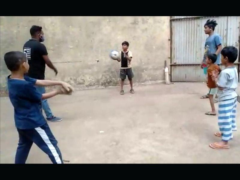Mumbai-India-Environmental-NGO-Earth5r-Circular-Economy-football (1)