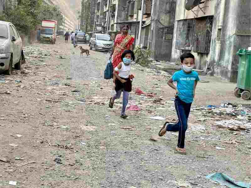 Mumbai-India-Environmental-NGO-Earth5r-Circular-Economy-running-sustainable