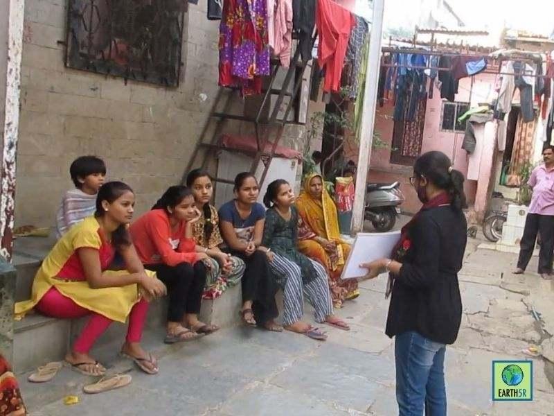 Mumbai-India-Environmental-NGO-Earth5r-Circular-Economy-volunteer-community-project